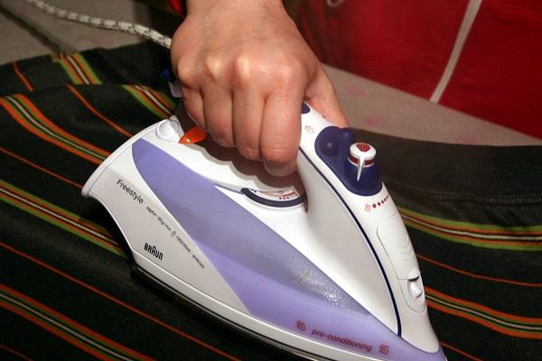 Tipps zur Bügeleisen-Reinigung und Pflege - Bildquelle: Pixabay.com